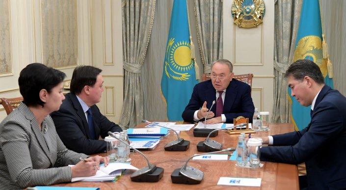 Көпбалалы аналар 1 сәуірден бастап көмек алуы тиіс — Назарбаев